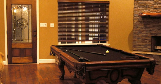 pool-table-hunting-house-642x336